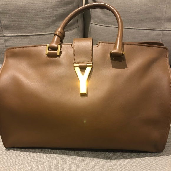 30411c1b2855 YSL Havana Cabas Y- linge bag. M 5b71b8f92aa96a2c1bedad12